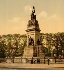 Национальный памятник 1813 года в Гааге.