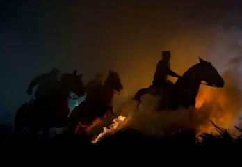 Третье место, Люди: 'Horses' By José Antonio Zamora
